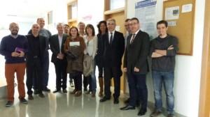 El equipo directivo de EINA, encabezado por José Ángel Castellanos, durante una visita a un deapartamento.